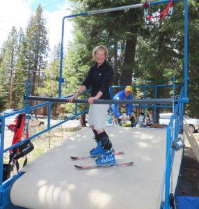 Nan-Carnal-Skiing snowbiste.com